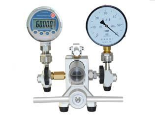 HX679A Hydraulic Comparator