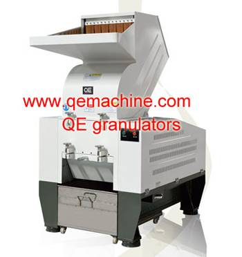 recycled wood plastic crusher/ plastic crushing machine
