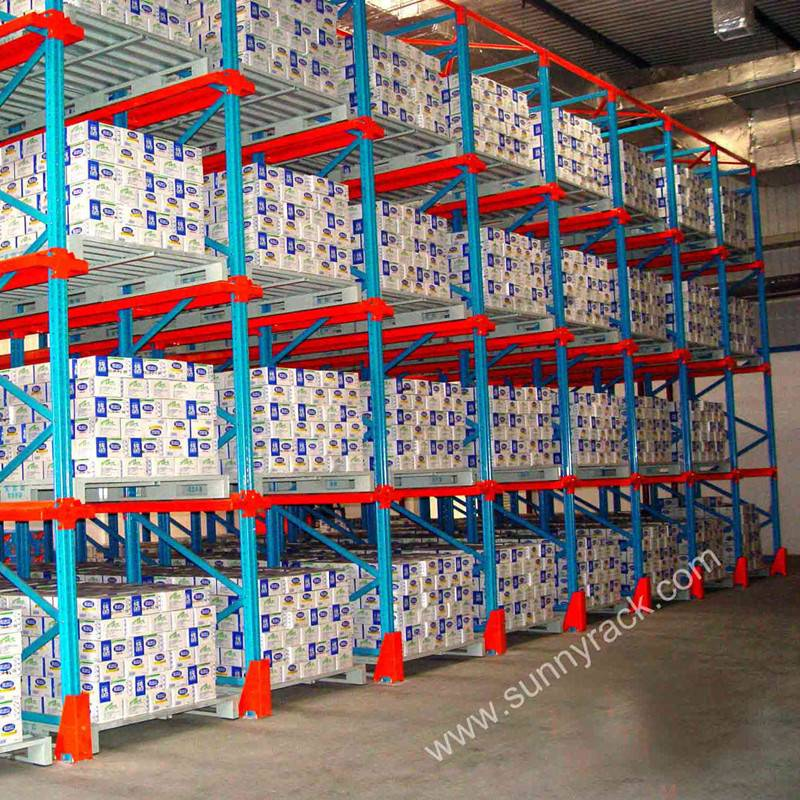 heavy duty warehouse storage drive in pallet rack