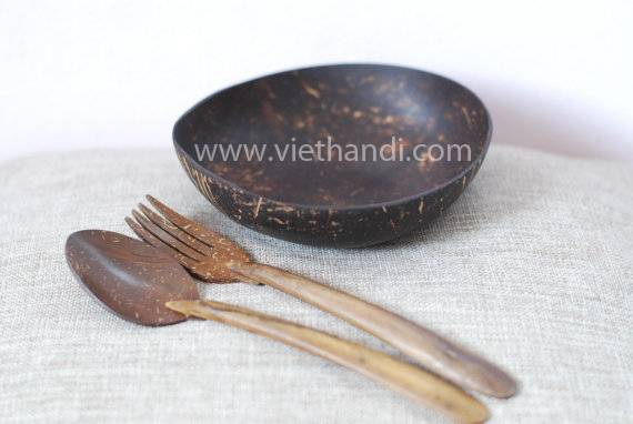 VHW76    Handmade Coconut Shell Set Round Plate with fork and spoon / snack plate