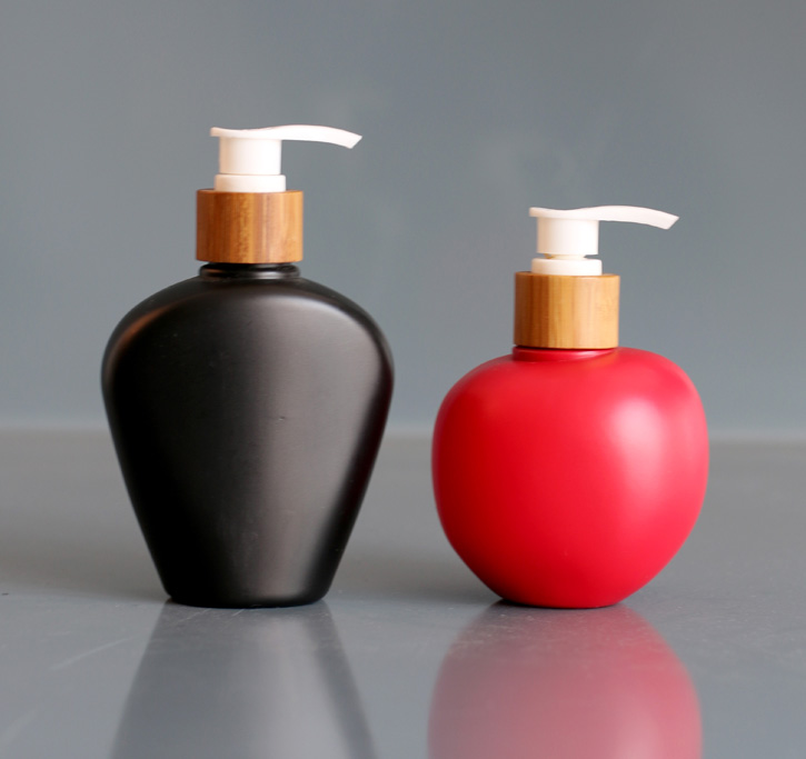 Body wash bottle with bamboo pump