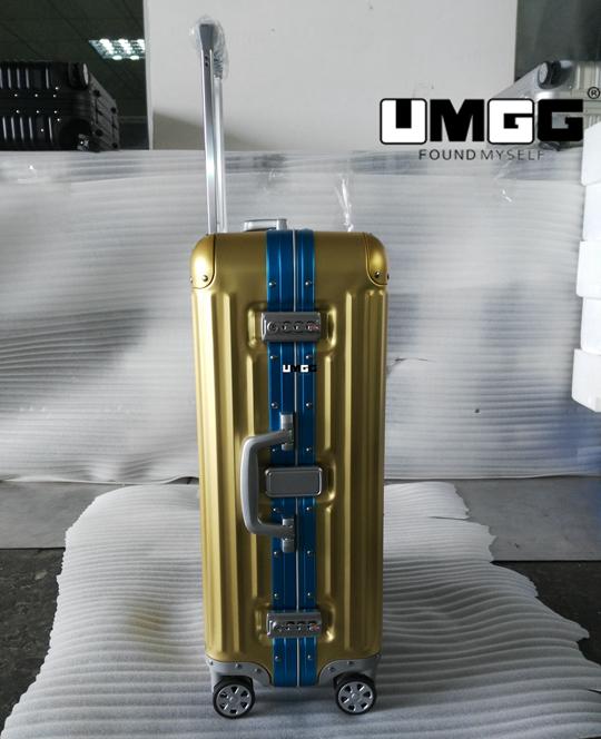 aluminum luggage
