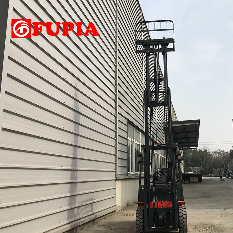 Material Handling Equipment 3ton diesel forklift with triplex container mast