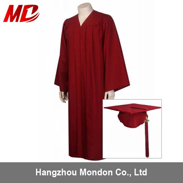 4ec46fe0229 Maroon Graduation Robes disposable Gowns for High School and University