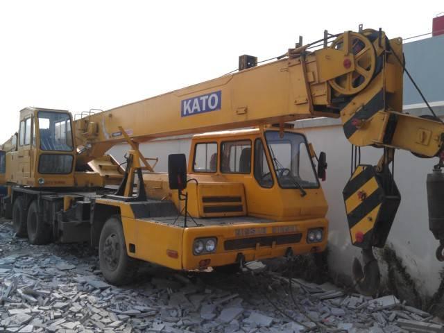kato japan orignal used truck crane 20t nk200e