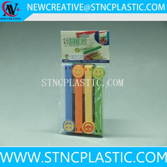smile face plastic bag closure clip 4pcs