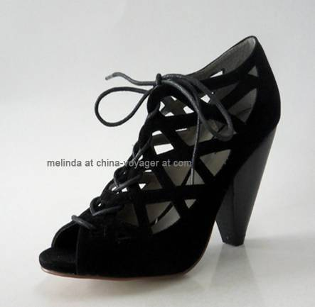 Black Chunky Heel Fashion Shoes