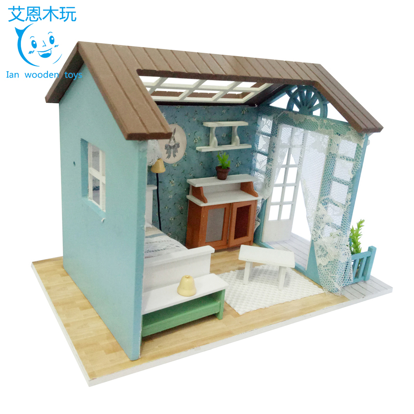 Kids Education Wooden Toys DIY Doll House