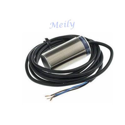 Telemecanique inductive proximity sensor XS612B1MAL2 OsiSense XS 62mm