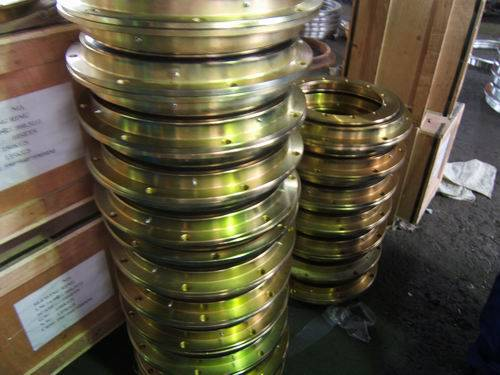 Sell Slewing Ring Bearing VLA200414 with flange