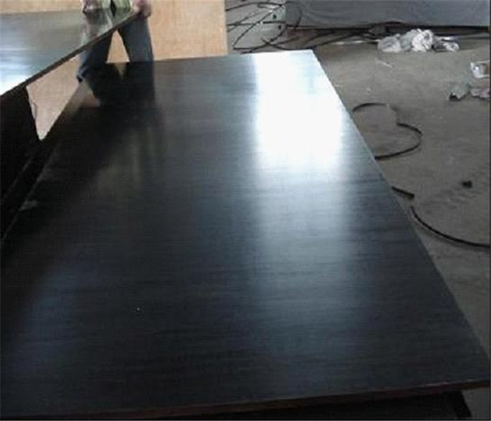 Construction grade black film faced plywood
