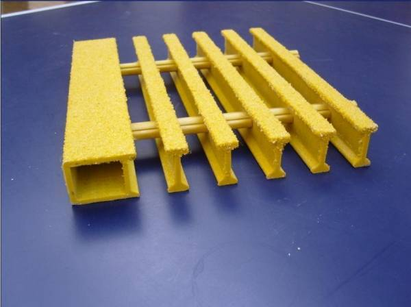 GRP PULTRUDED PROFILES WITH FLAT TUBE