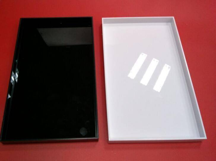 Square acrylic/plexiglass service tray