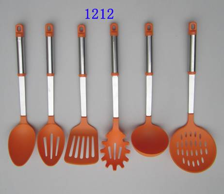 Hot selling kitchen utensil colorful new design kitchenware set