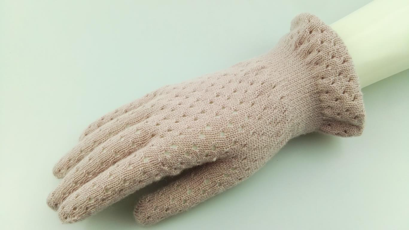 lace wool glove
