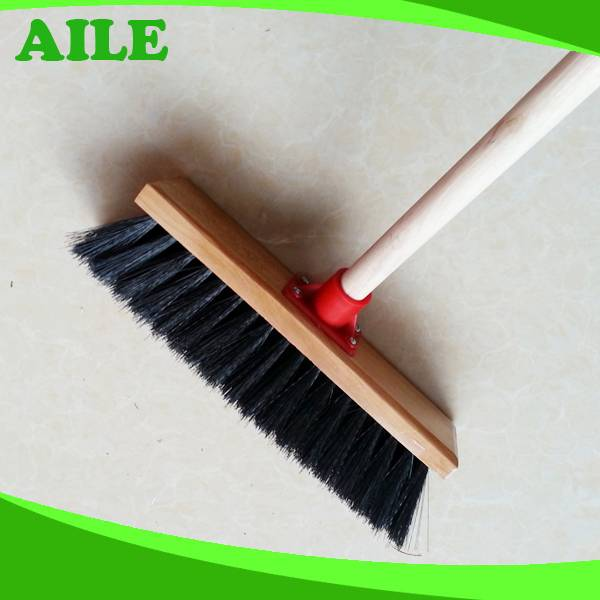 High Quality Africa Market Hard Broom With Wooden Pole