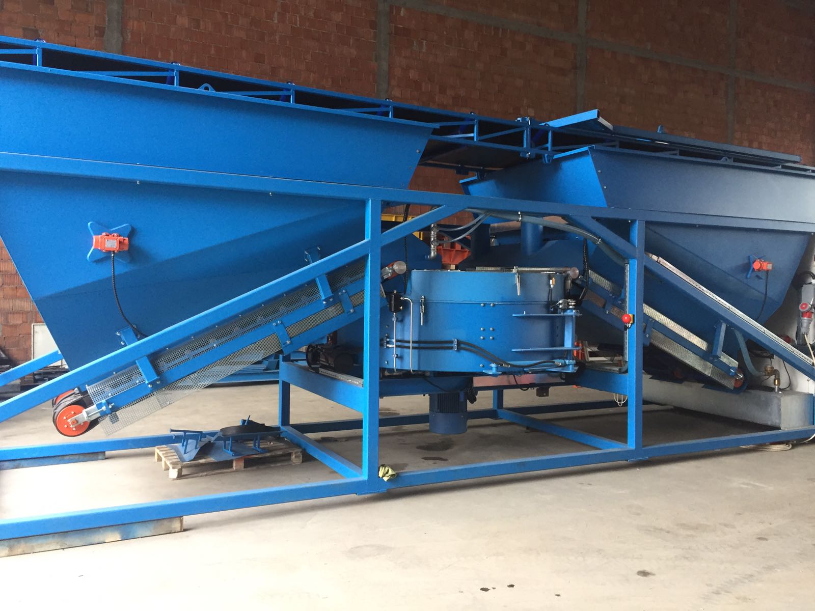 SALE K-60 (60m3/h) Mobile Batching Plant