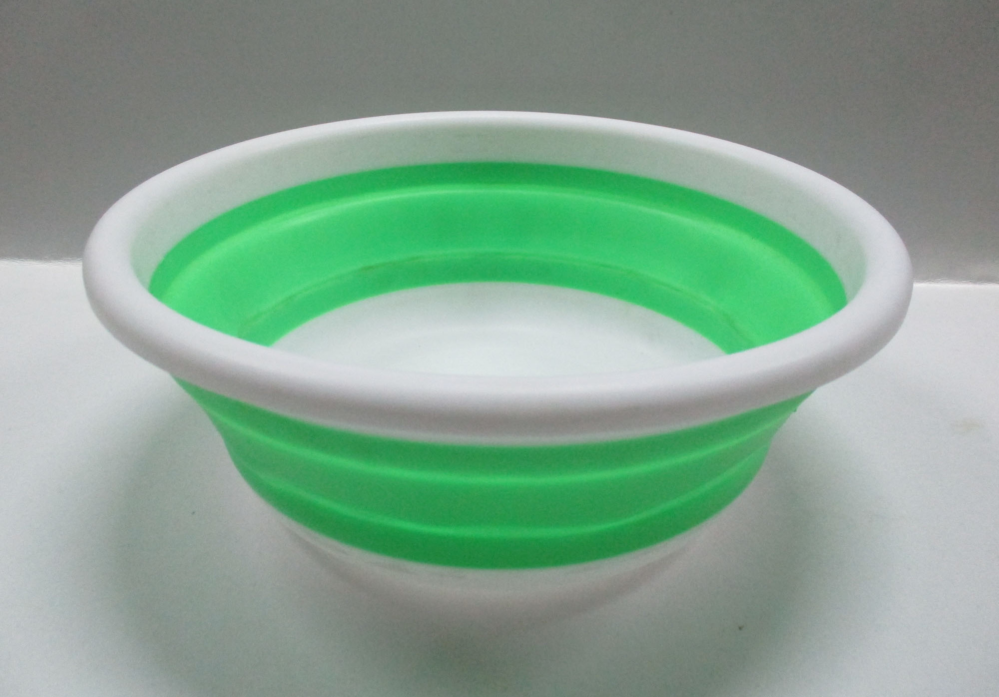 collapsible washbasin