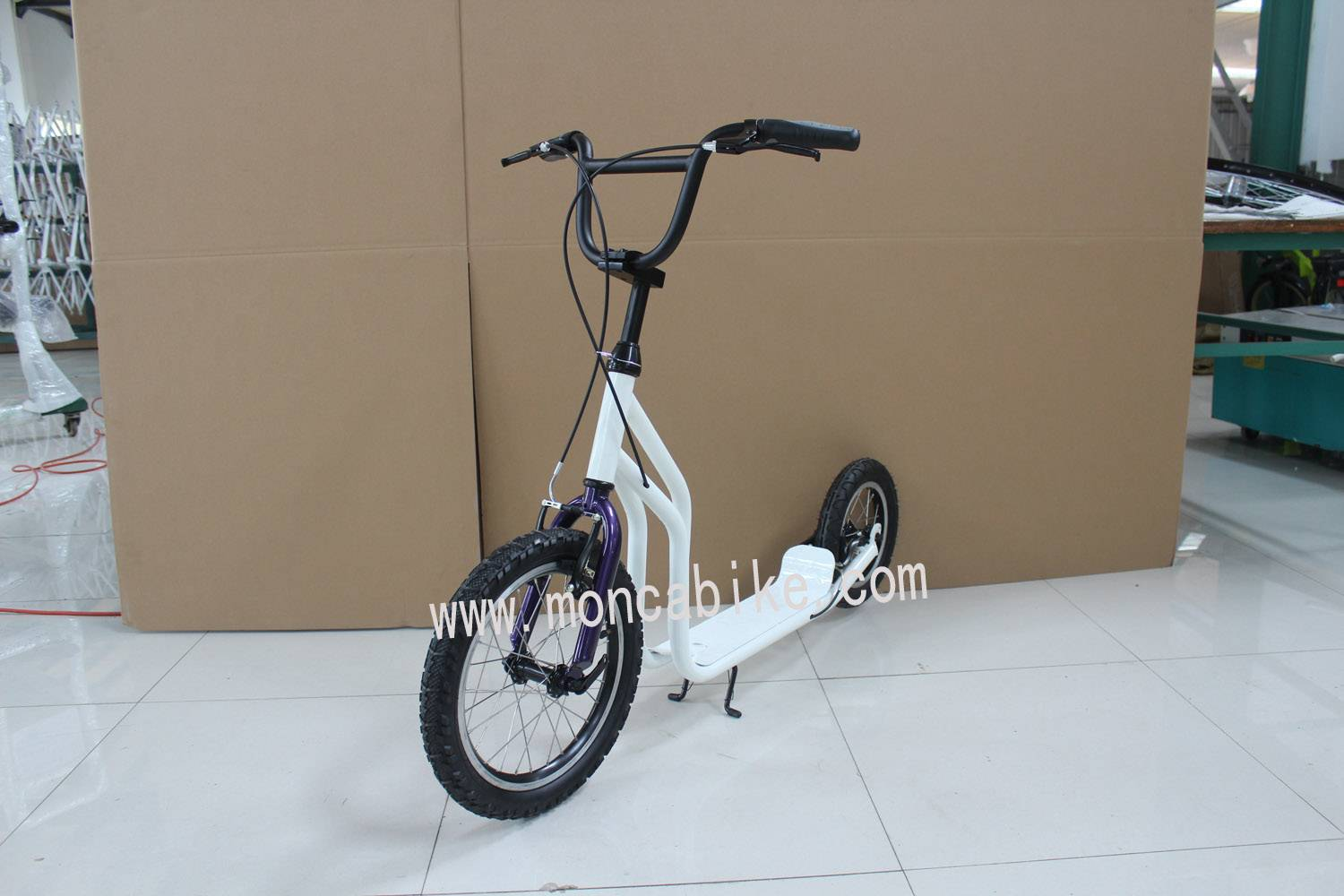 White Color Scooter Foot Scooter