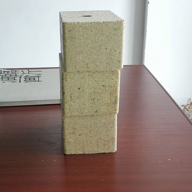 Compressed chip block / wooden pallet foot price
