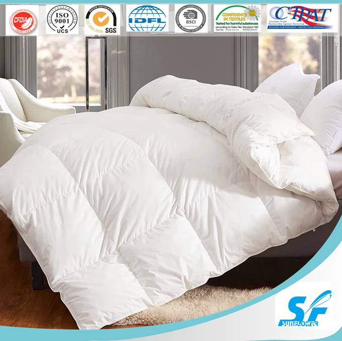 Custom 90/10 puffly goose down comforters for home Asian market