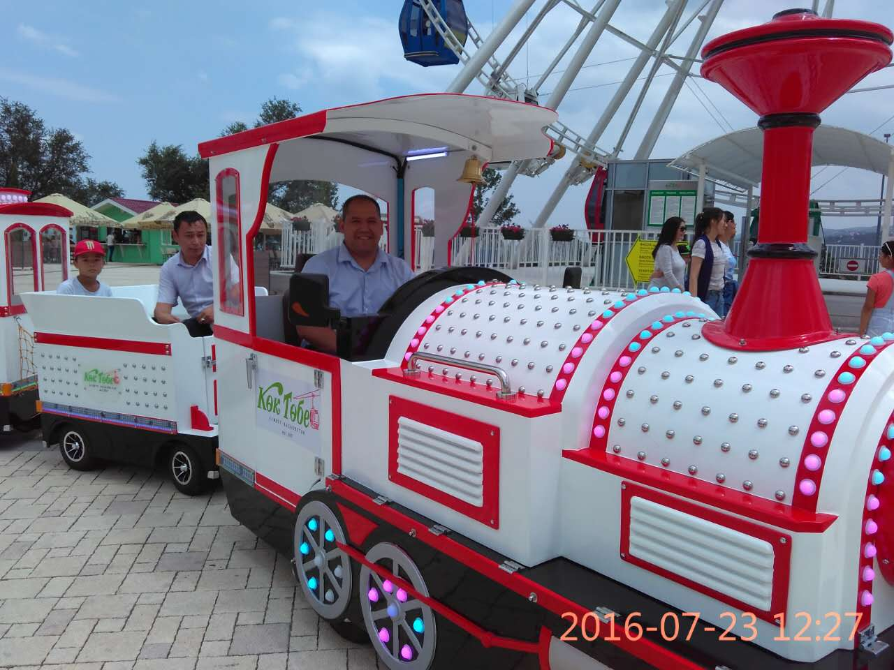 Mini Electric Tourist Used Trackless Train For Sale