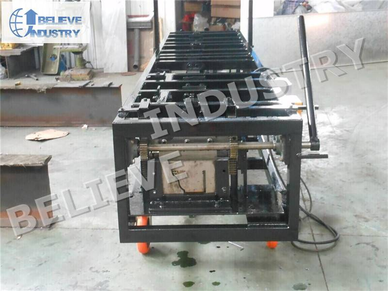 Portable Gutter Roll Forming Machine