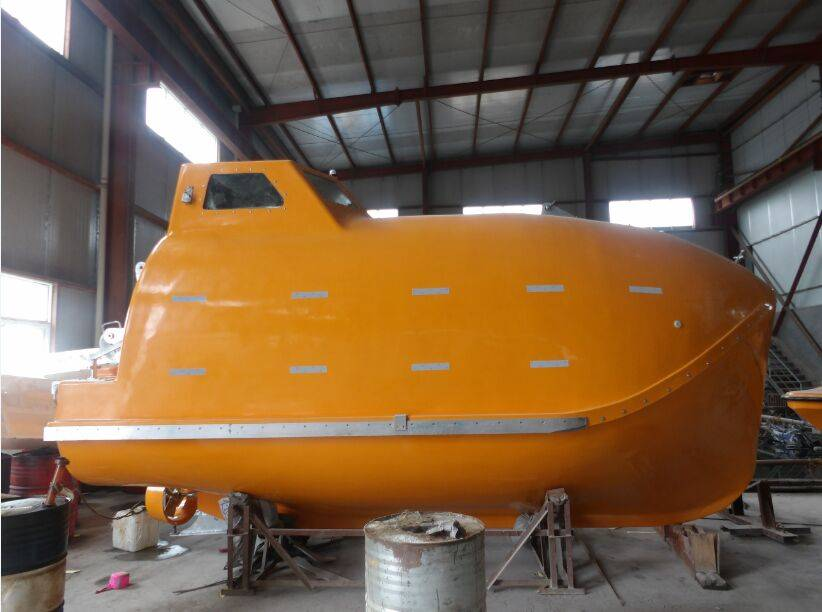 16 tp 150 persons F.R.P fully enclosed lifeboat for passenger ship