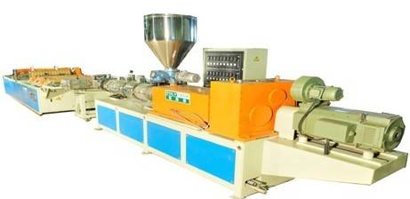 Plastic Sheet Extruder For Plastic Hollow Roofing Sheet Forming Machine 830mm / 1000mm