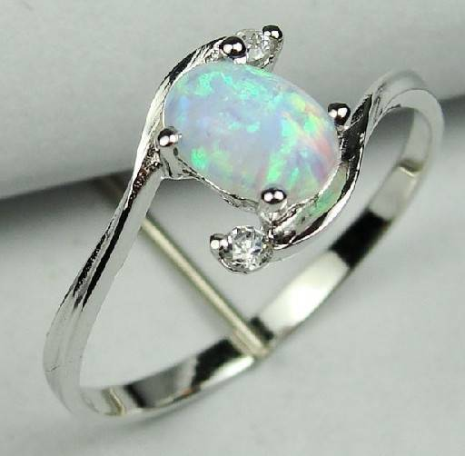 925 Sterling Silver Opal Gemstone ring