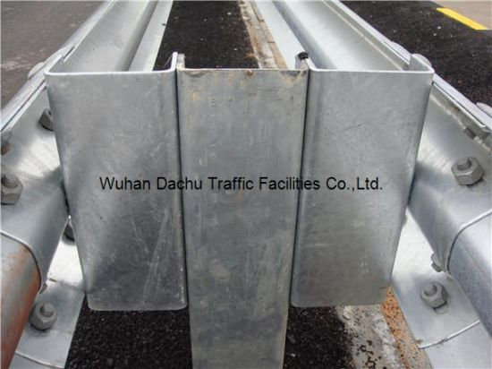 En 1317 Road Restraint System Guardrail U Post/ Spacer made in China