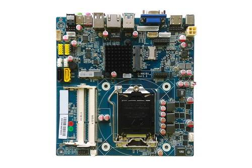 2042-4 ITX-HCM81D11G,Intel core i7,core i5,core i3 Processors Mini ITX Intel motherboard