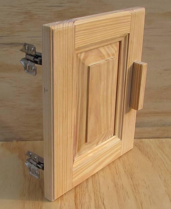 Pine wood kitchen cabinet door