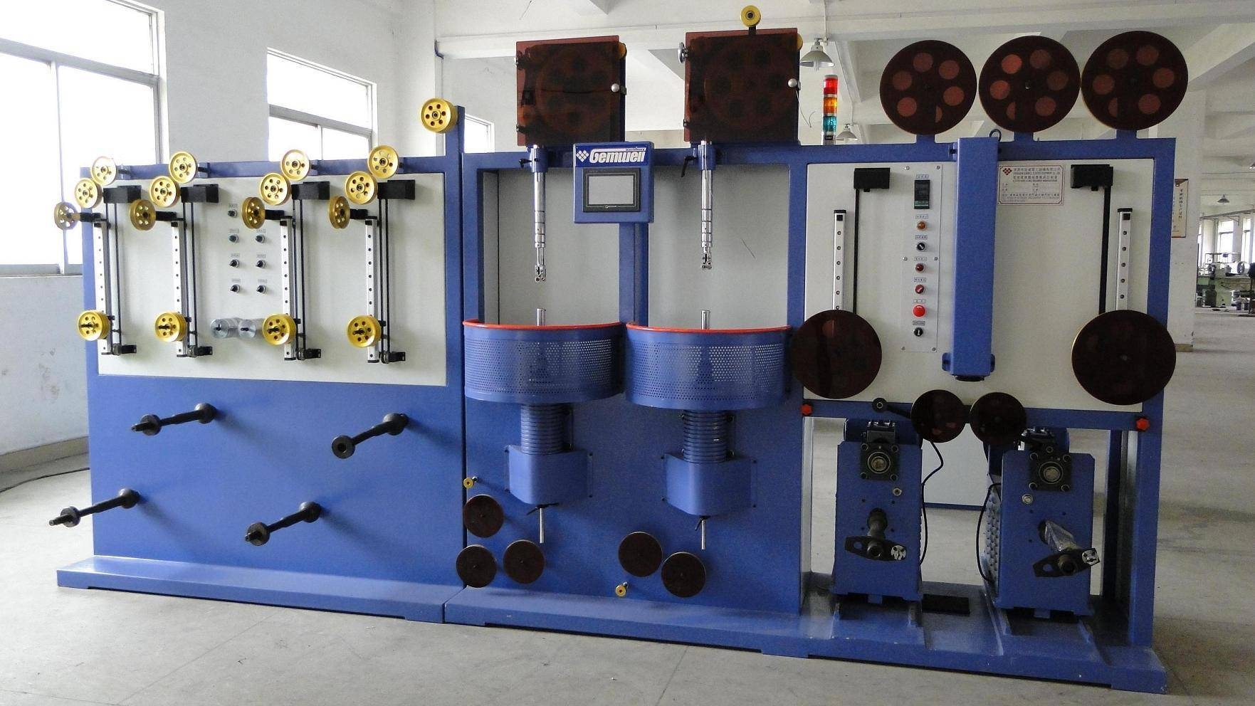 Vertical high-speed double layers wire wrapping machine