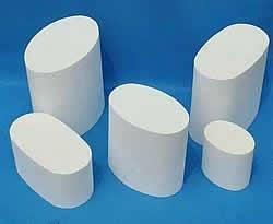 Ceramic honeycomb catalyst carrier