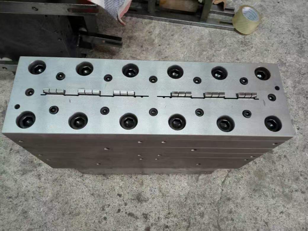 wpc wood mould/wpc sheet mould/wpc plank mould