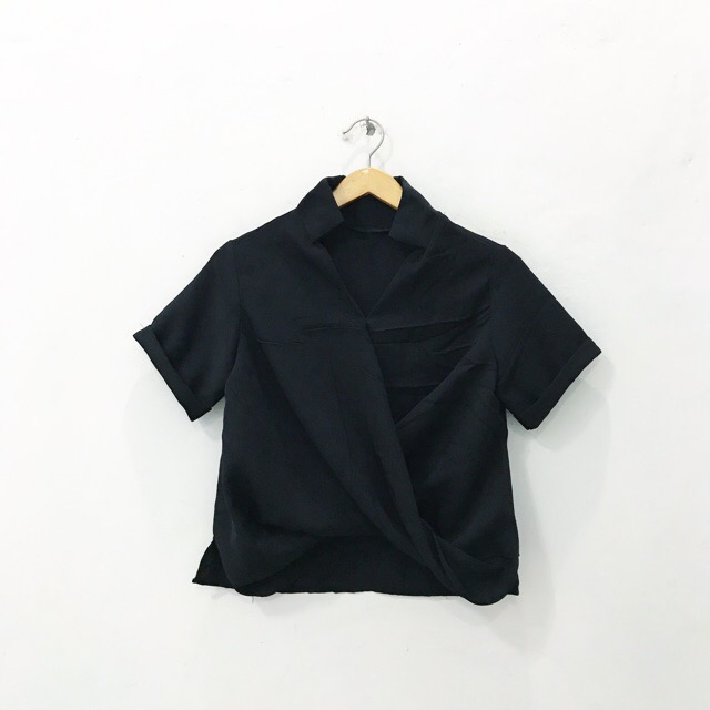 Basic Wrap Top (BLACK)