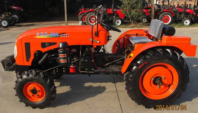 QNF-404D Tractor
