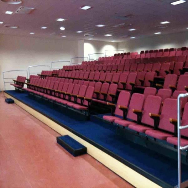 2015 good quality auditorium telescopic grandstand seating system
