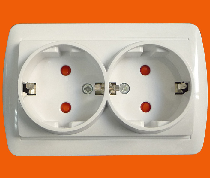 16A Schuko Socket Double Outlet (S8210)