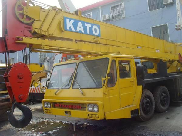 Used Truck Crane KATO 40TON NK-400E