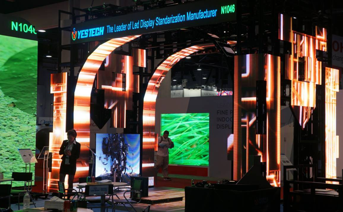 curve shapes stage smd indoor led screen