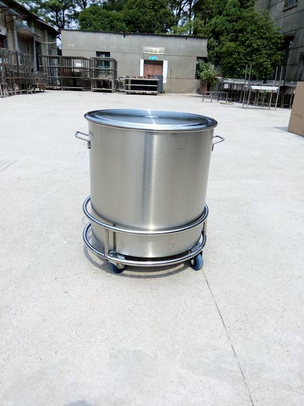 Stainless steel medical container