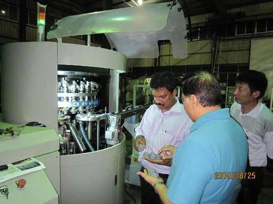 Mr-24w cap compression molding machine