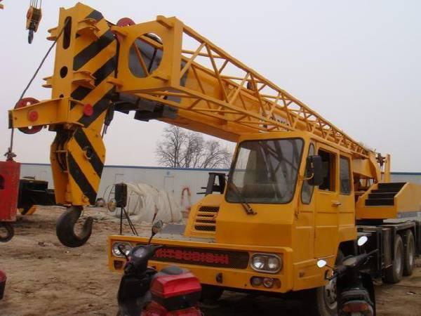 TADANO 25T TL250E TRUCK CRANE in good condition