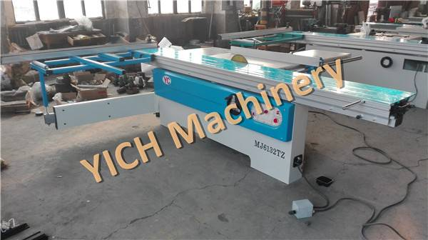 Woodworking cutting machine panel saw with liding table