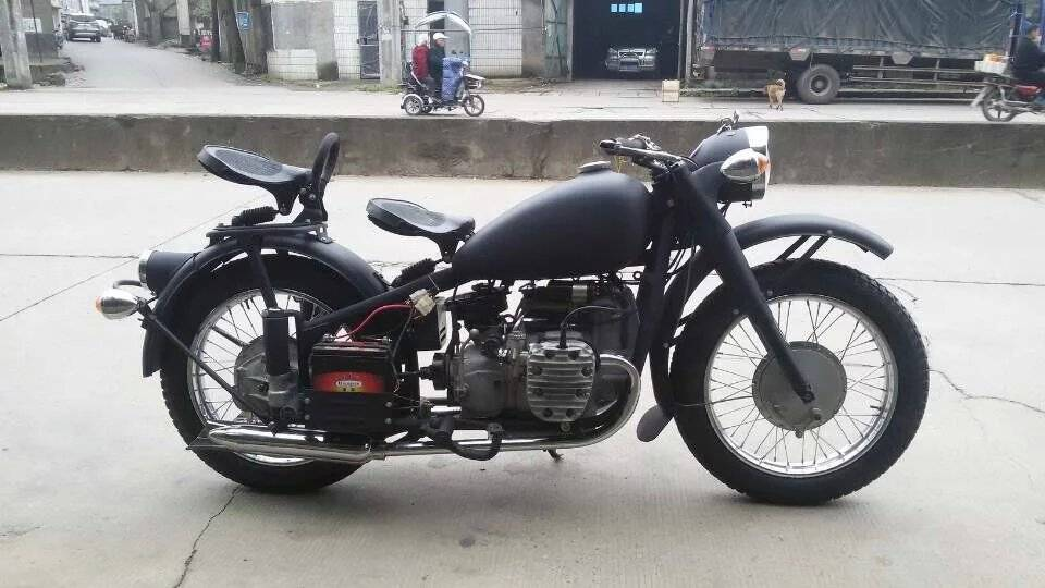 Two Wheels 750cc Motor Sidecar With Grey Color