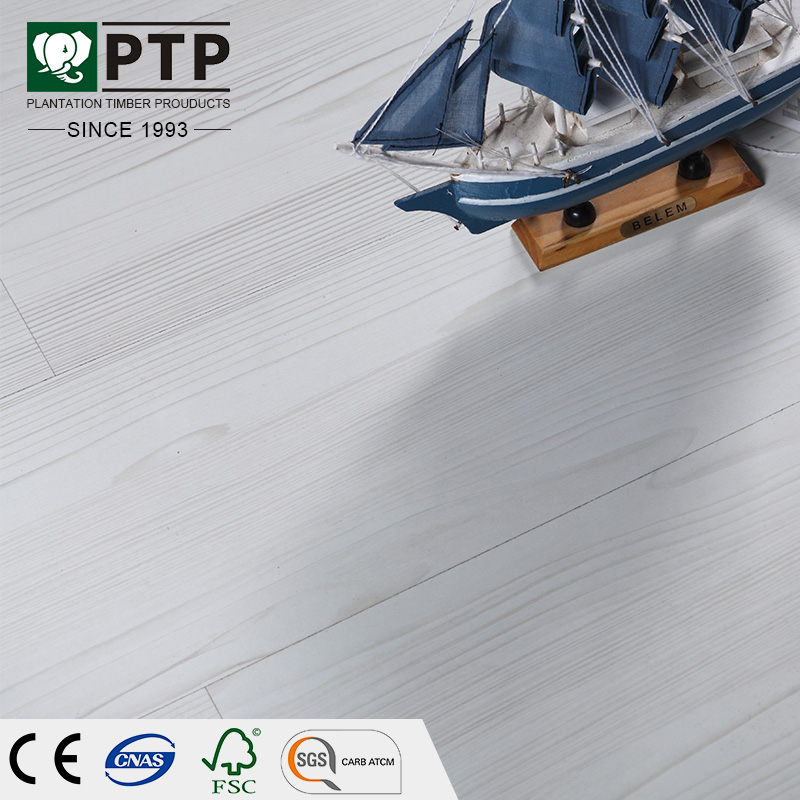 12MM real HDF AC3 creamy-white slight shade linear graining Mahogany Wood Laminate flooring