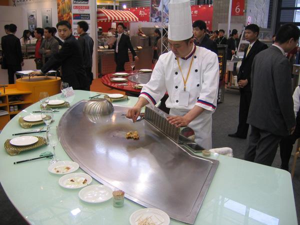 Fan Shape Teppanyaki Grill Table