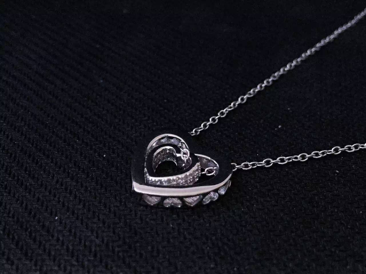 NEFFLY Pierced Heart Necklace classic 925Silver Plated Platinum FREE SHIPPING